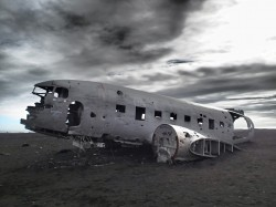 MaxPixel.freegreatpicture.com-Plane-Abandoned-Icelandic-Wreck-Aircraft-Wreckage-2122015.jpg
